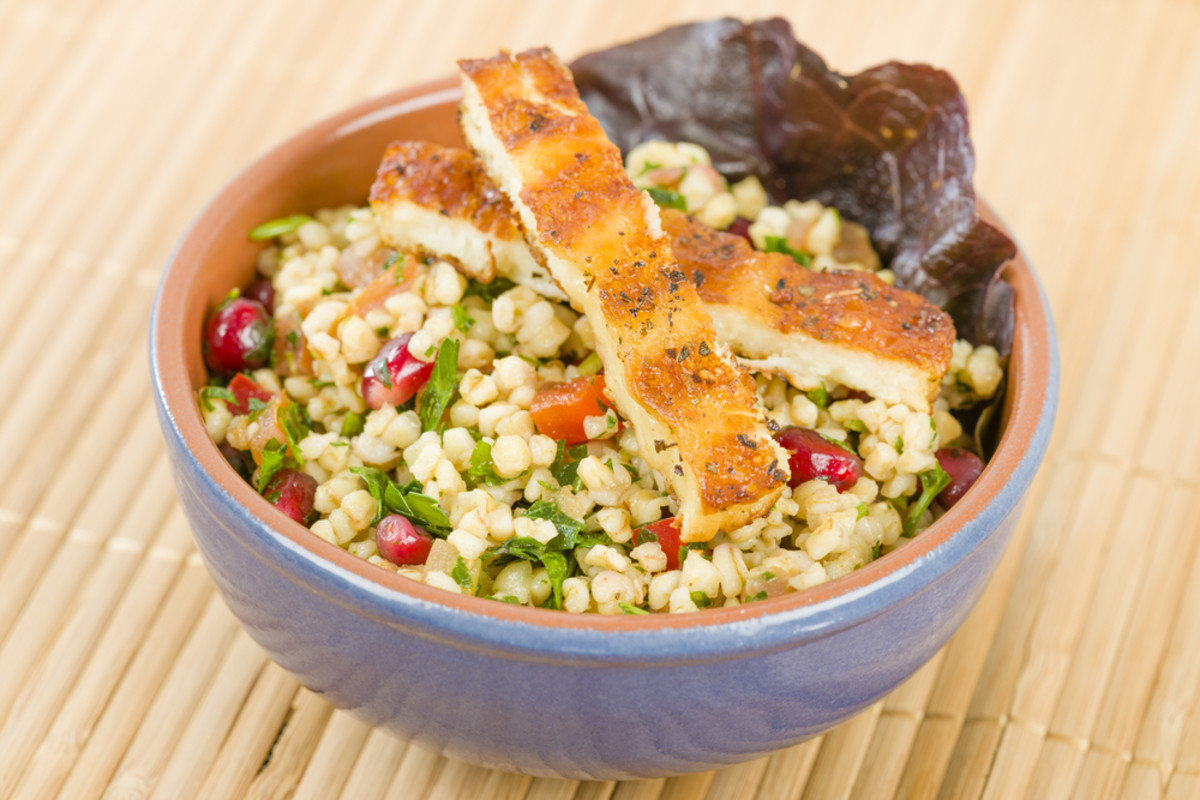 halloumi and tabbouleh salad
