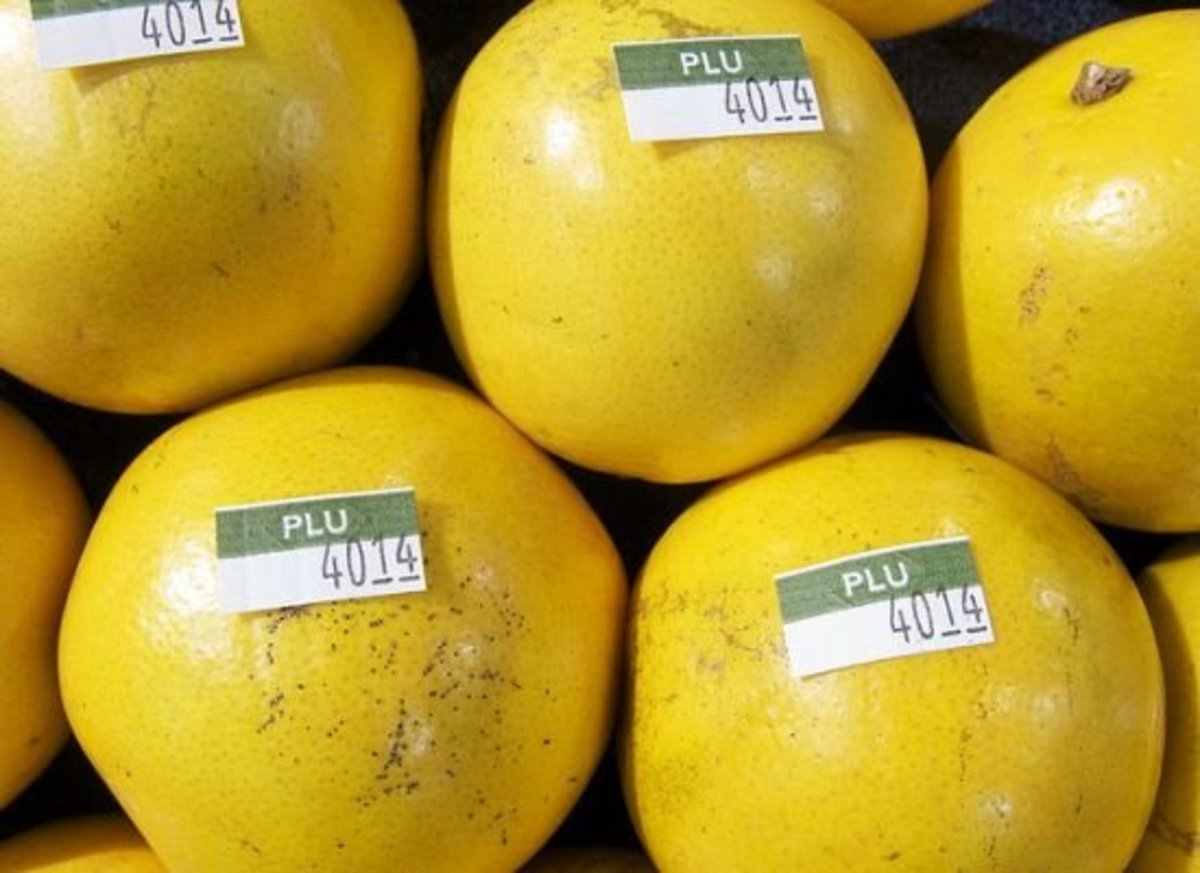 Fruit with PLU Codes
