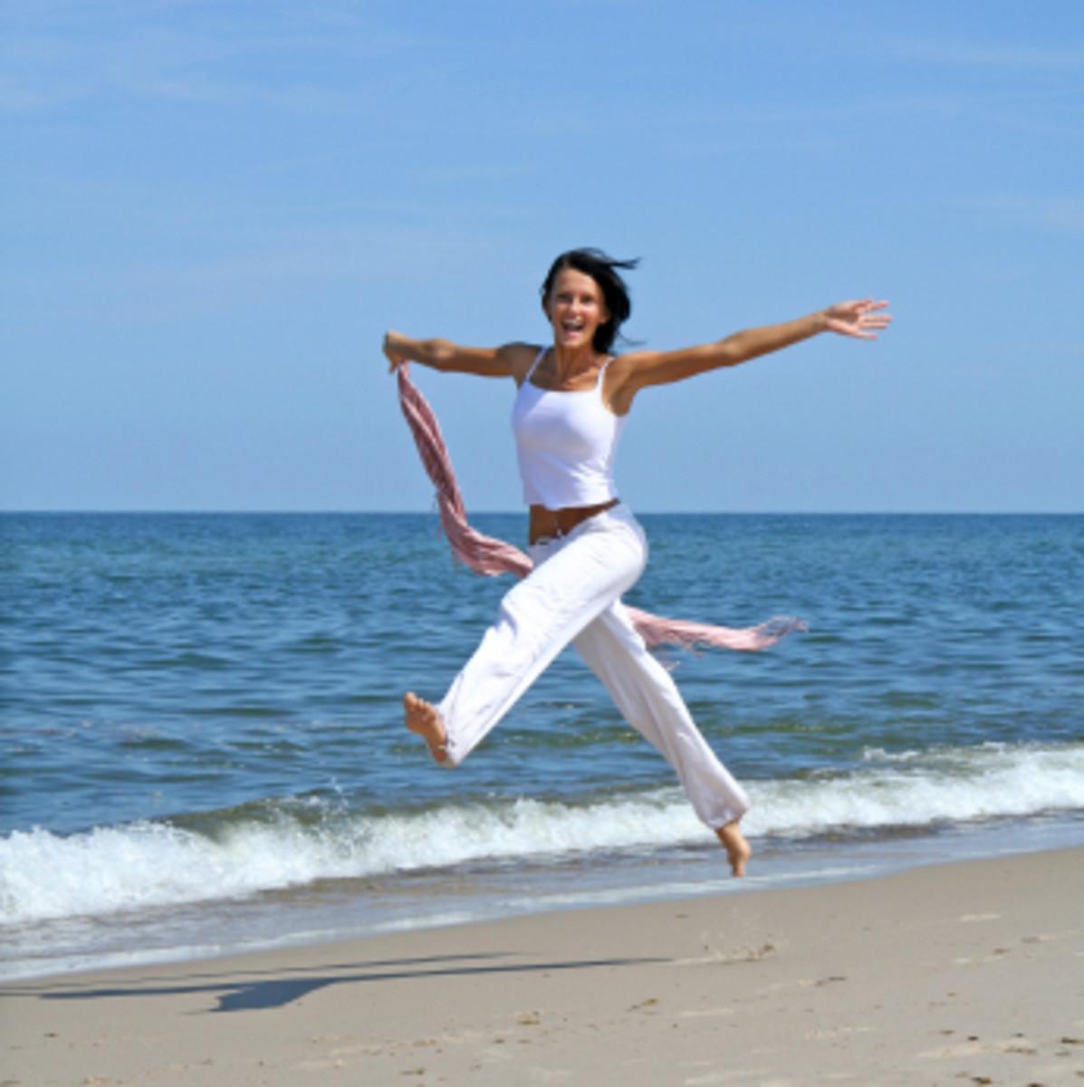 Woman-Beach-Jump3