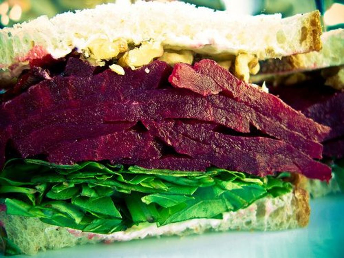Roasted Beet Salad Sandwich Recipe with Caramelized Onions and Goat ...