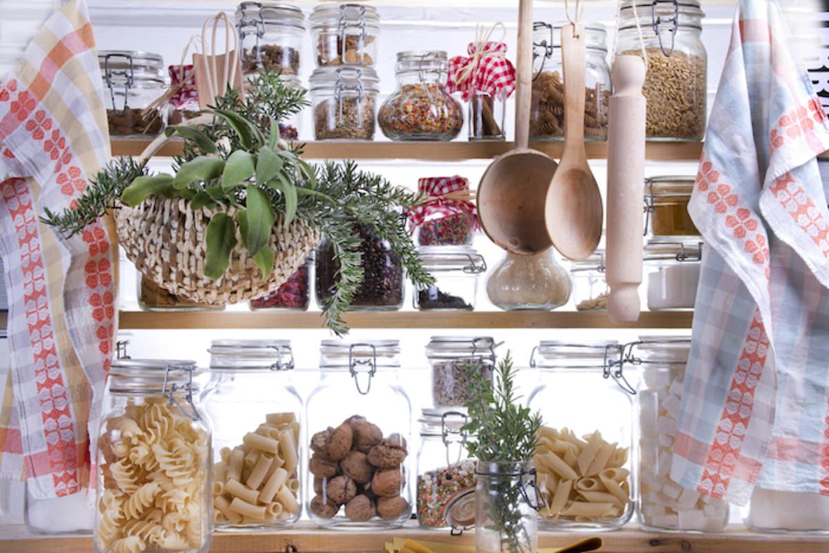 15 Essential Detox Kitchen Pantry Items