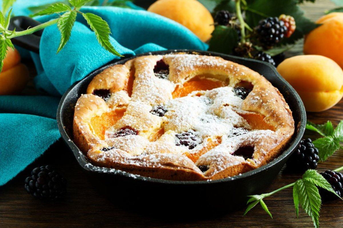 blackberry and apricot clafoutis