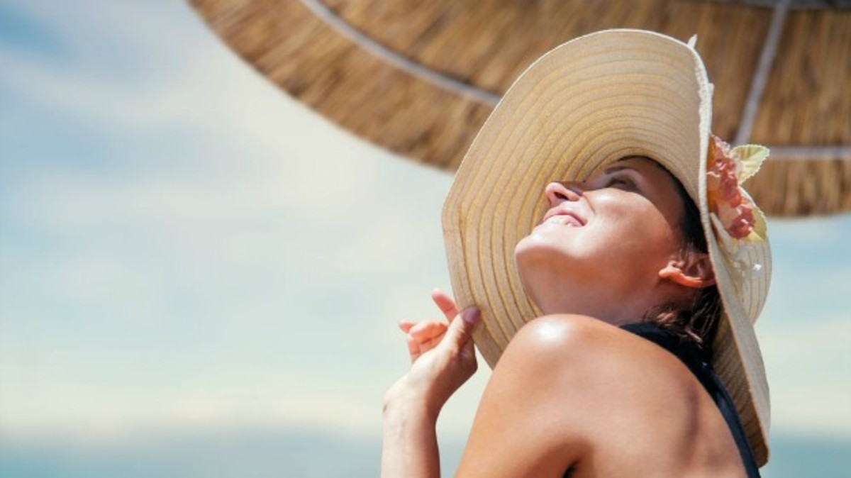 Best Summer Skin Care: 5 Serums for the Sunny Season