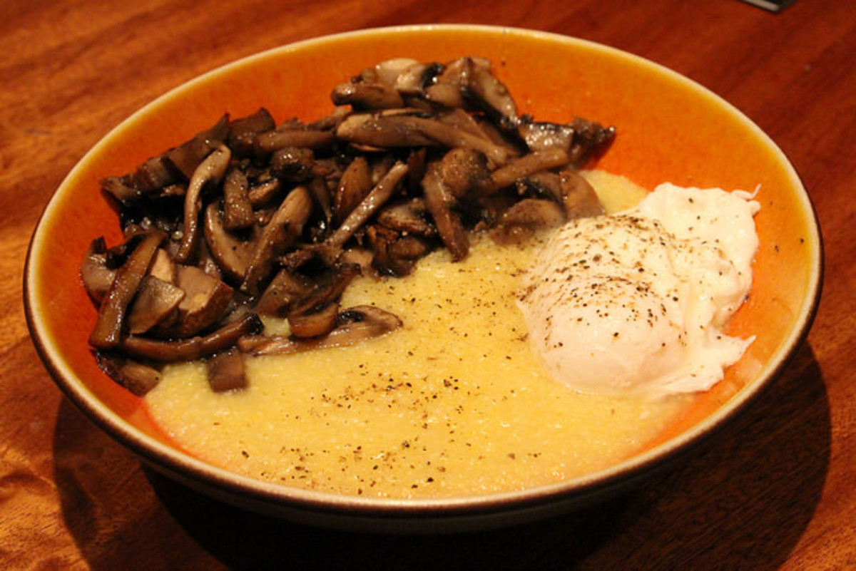 cheesy grits, sauteed mushrooms, poached eggs