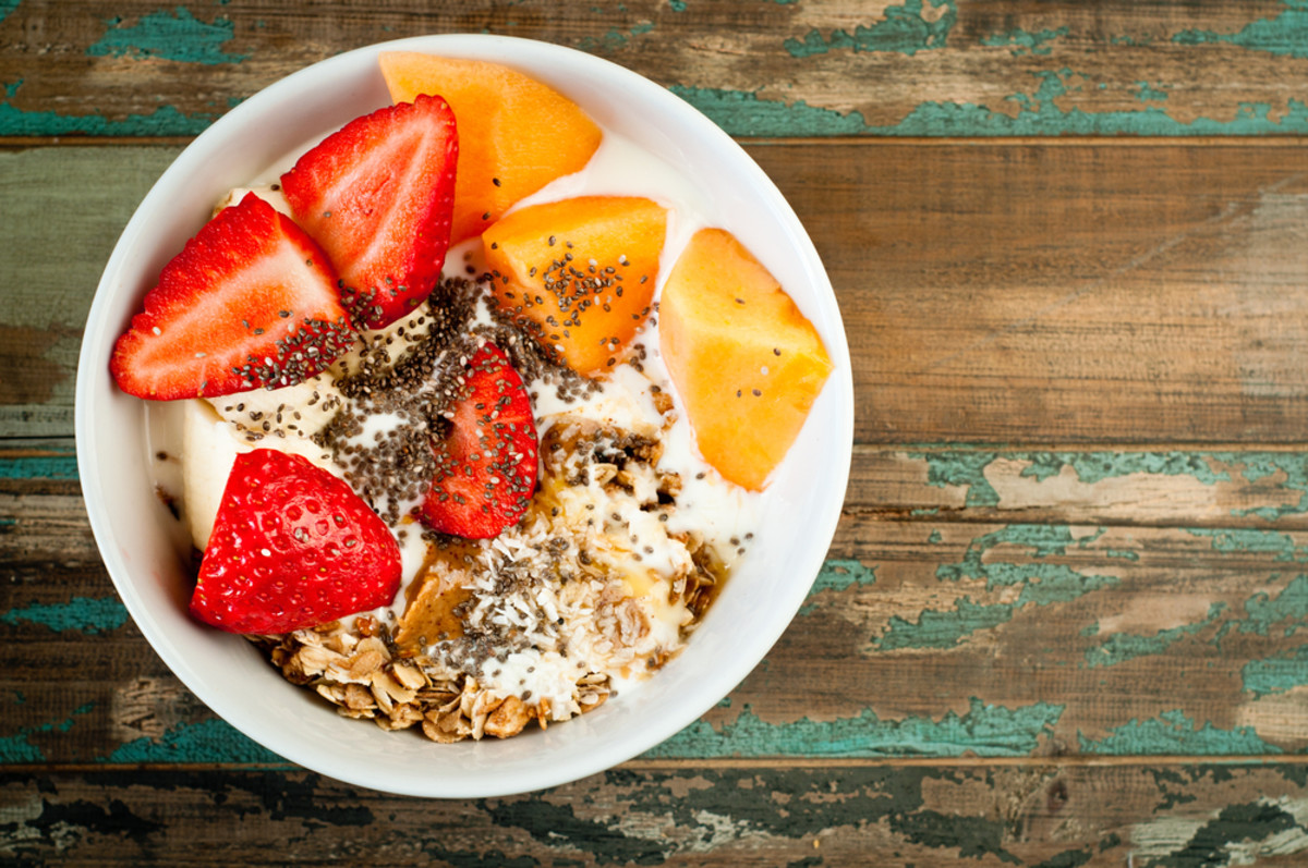 healthy breakfast yogurt with chia seeds and fruit