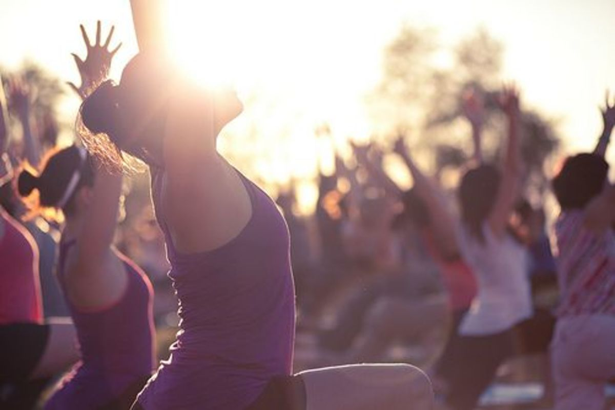 yoga-ccflcr-lululemon-athletica