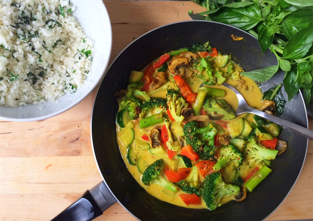 Vegetable Curry with Cauliflower Rice Recipe