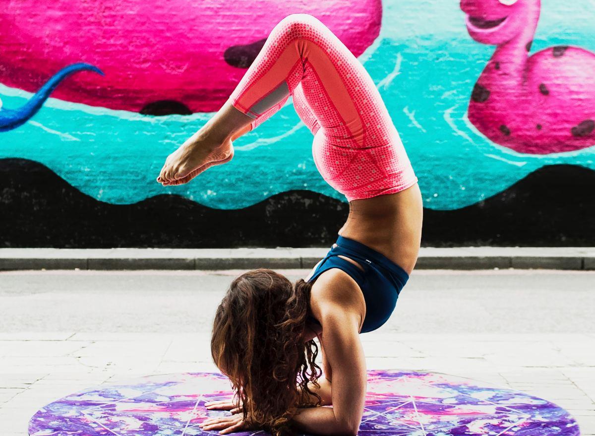 Does Yoga Make You an Egomaniac? One Study Says Yes