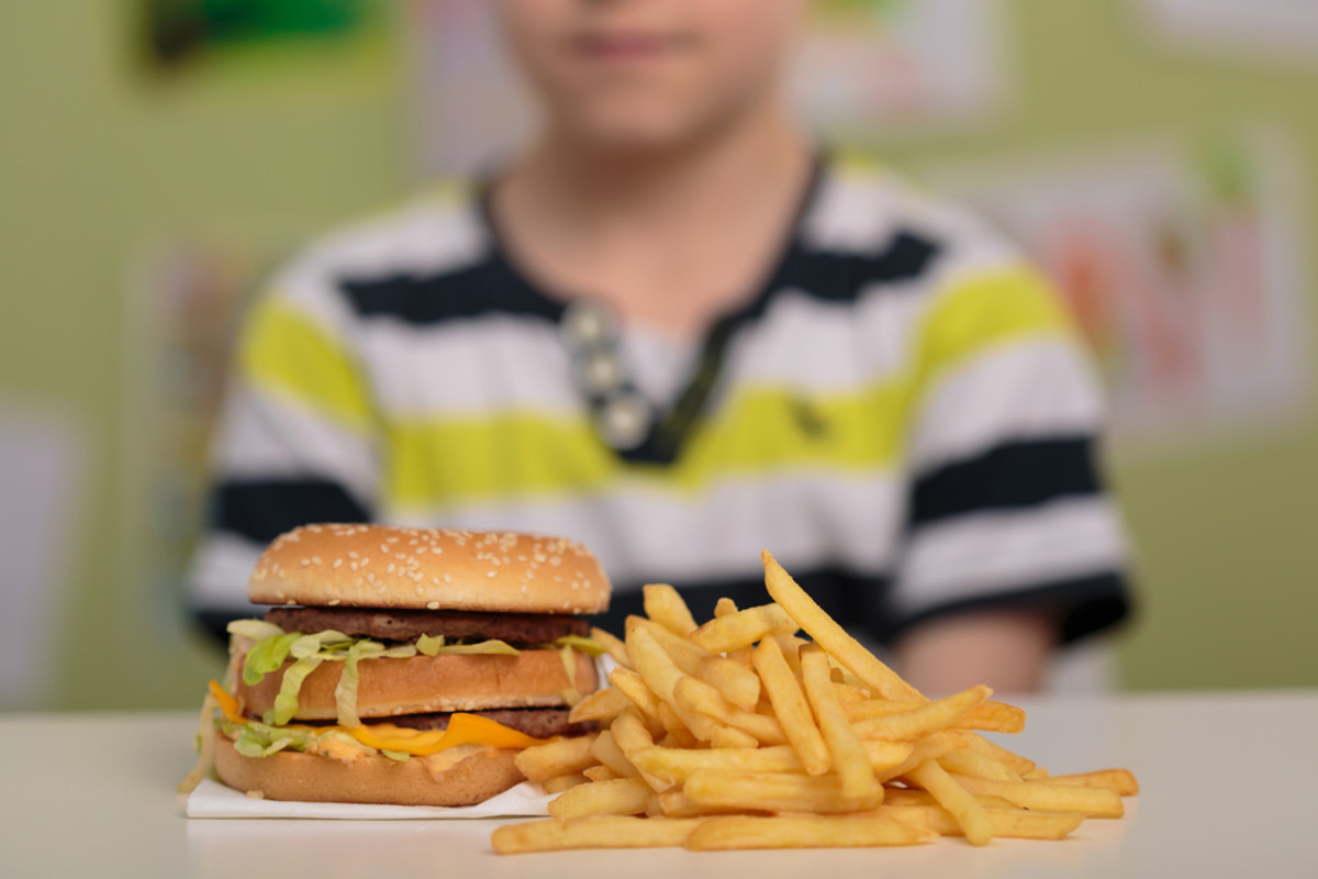 Kids With More Access to Fast Food Equals Weaker Bones, Study Finds