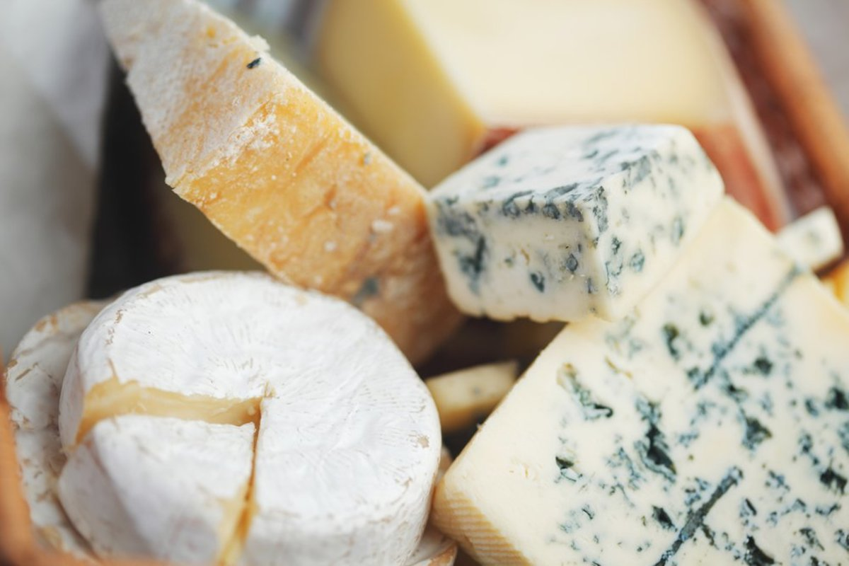 Cow, Goat, Feta, Blue…What's The Healthiest Cheese? A Nutritionist Explains
