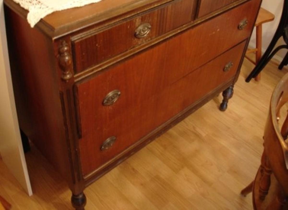old-dresser-ccflcr-amy-kearns