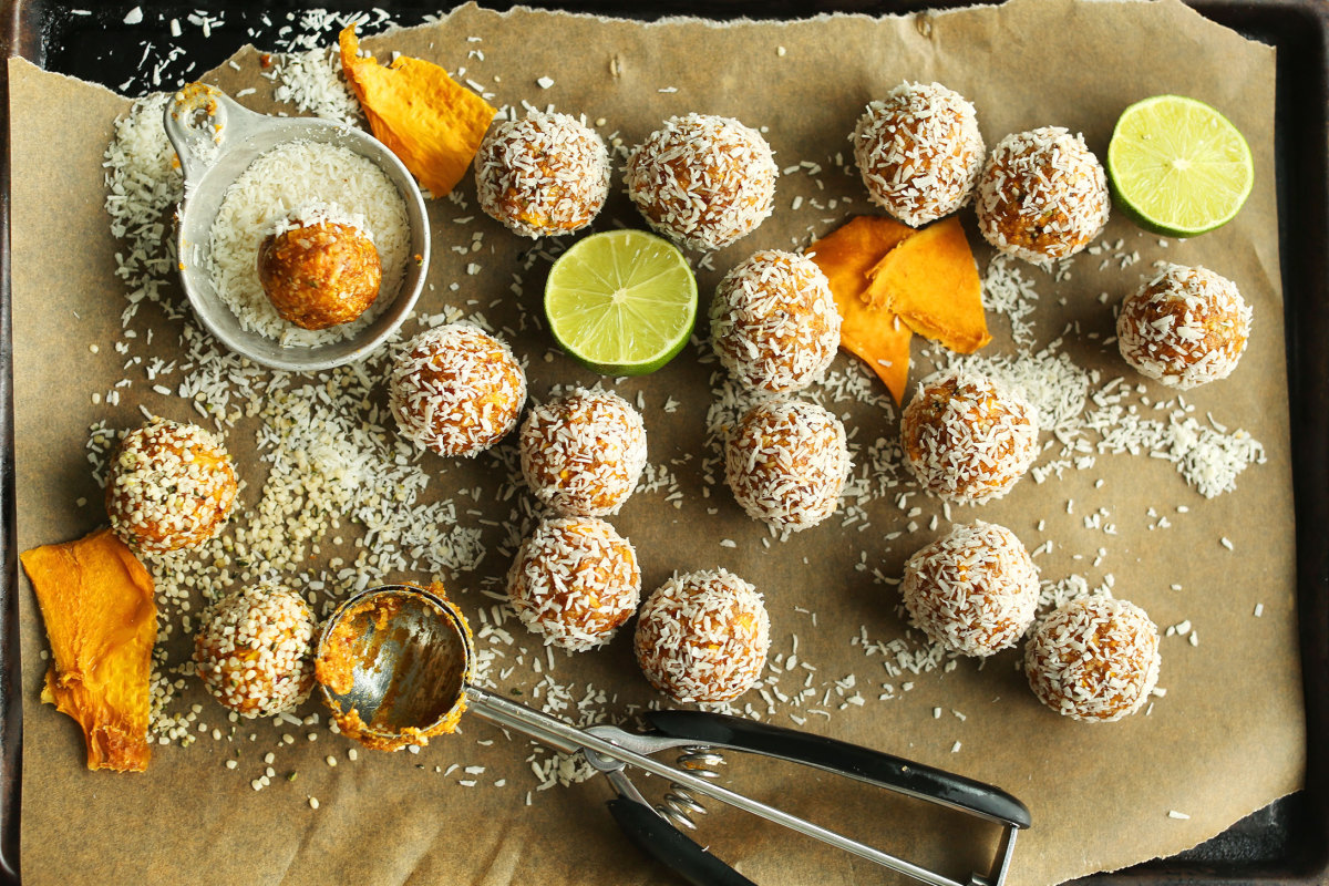 tropical fruit - mango balls