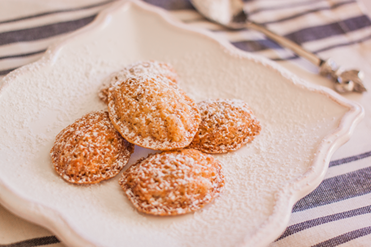 Almond Flour Madeleines Recipe: Veganize This French Classic