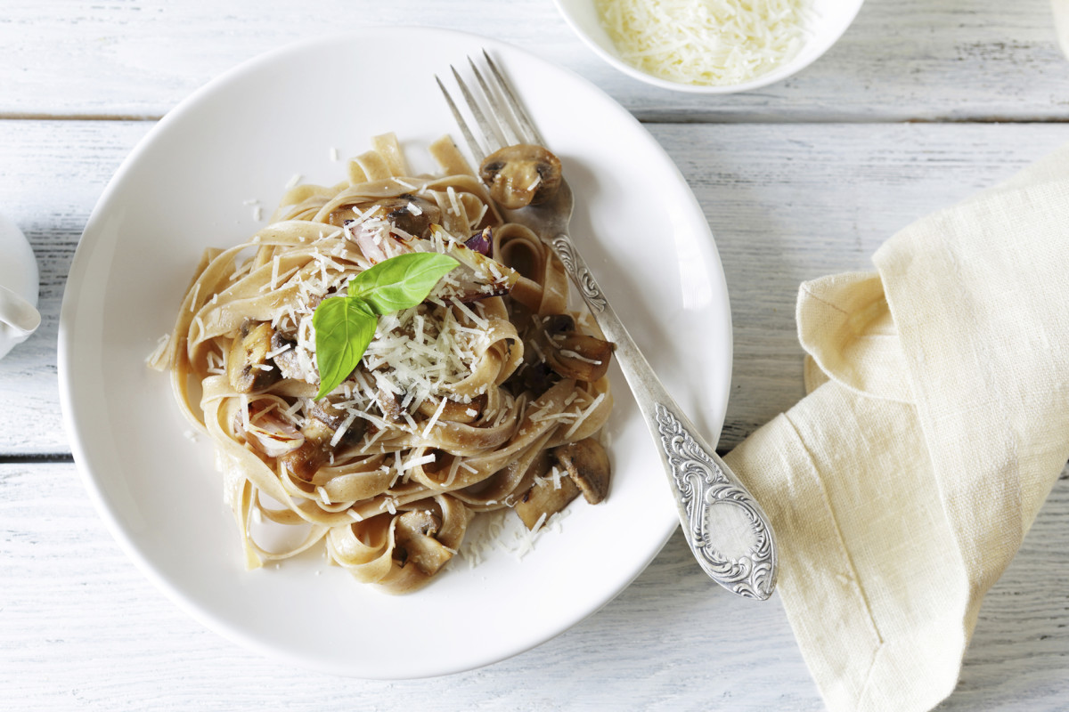 mushroom recipes - mushroom pasta