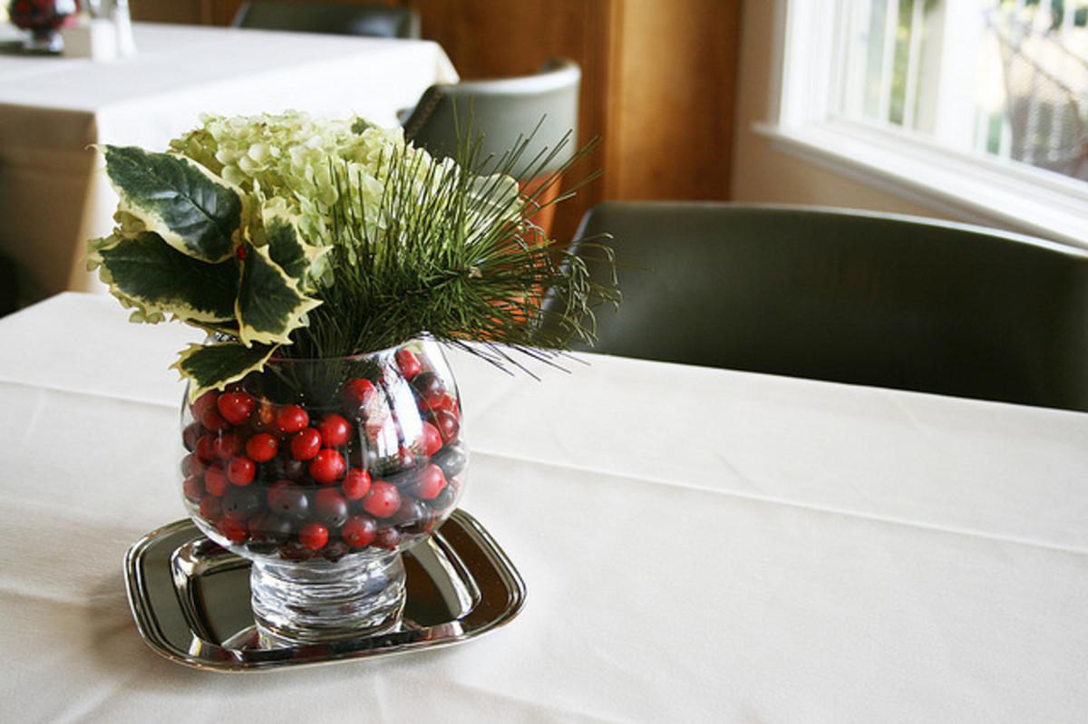Tremendous 3 Diy Christmas Centerpieces Simple And Elegant In 10 Interior Design Ideas Tzicisoteloinfo