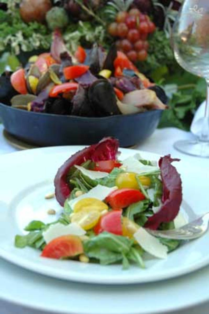 Organic Arugula Radicchio Salad