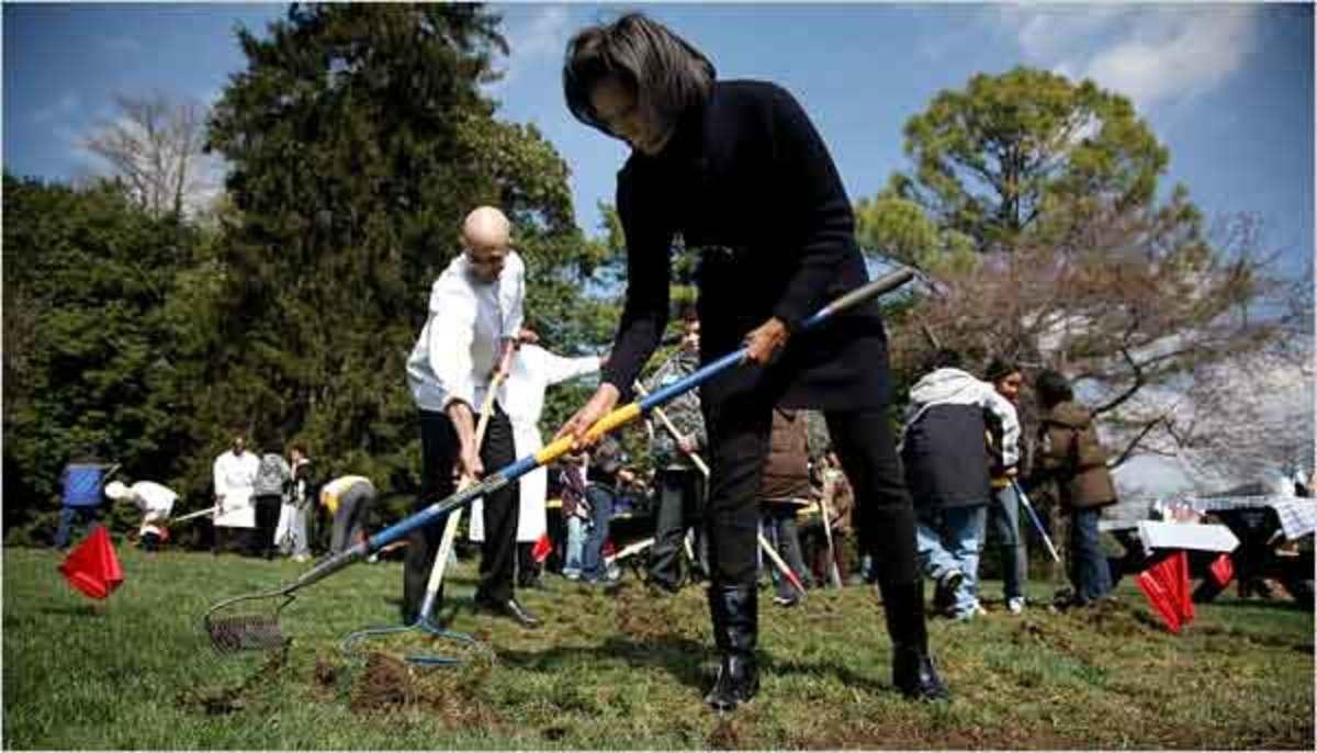 michelle_obama_garden13