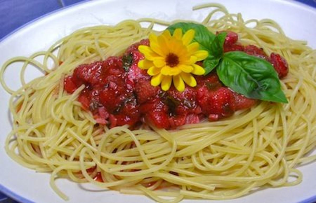 strawberry-spaghetti