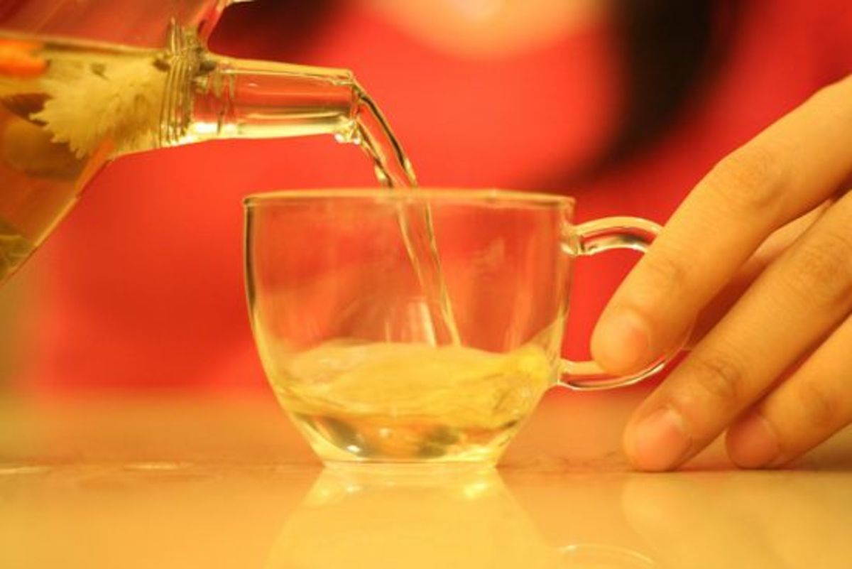 Pouring green tea