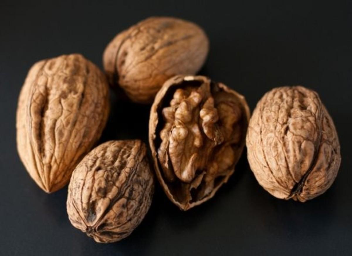 walnuts-ccflcr-GimmeFood1
