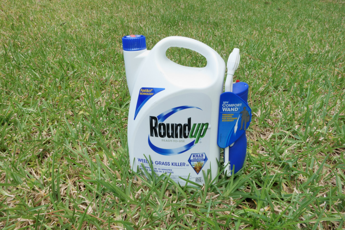 EPA Colluded with Monsanto to Slow Safety Review of the Herbicide Glyphosate