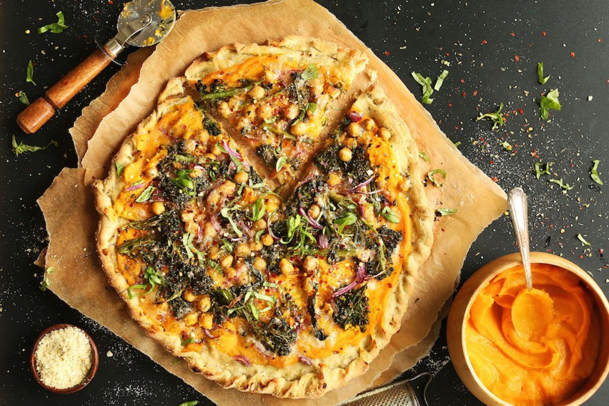 butternut squash recipes - veggie pizza