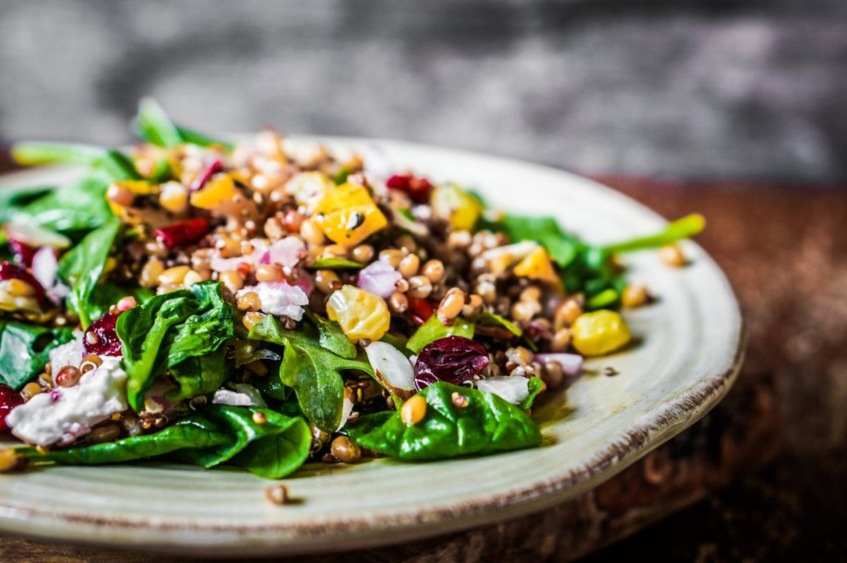 Quinoa salad with fresh figs, asparagus, and mint