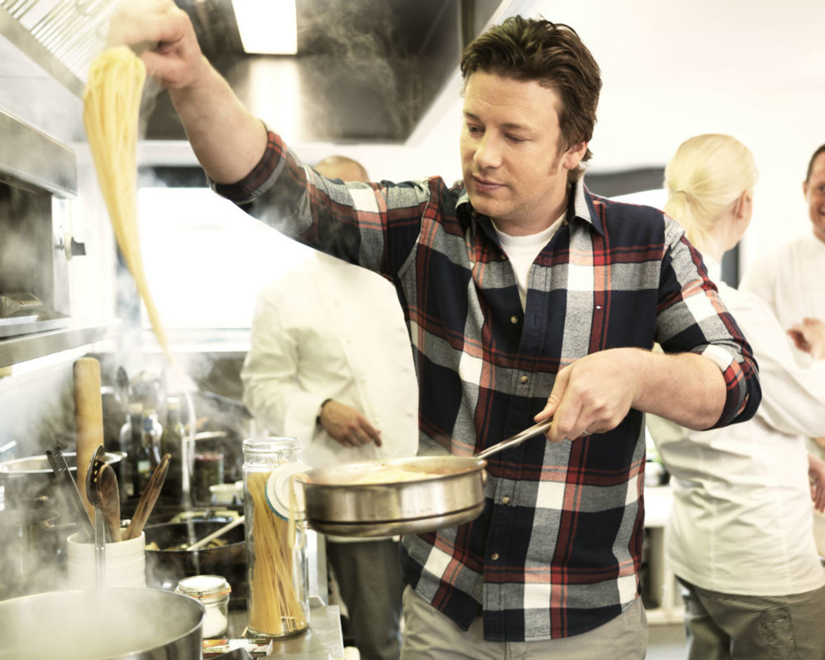 Chef Jamie Oliver's 5-Day Veggie Challenge Kicks Off Today