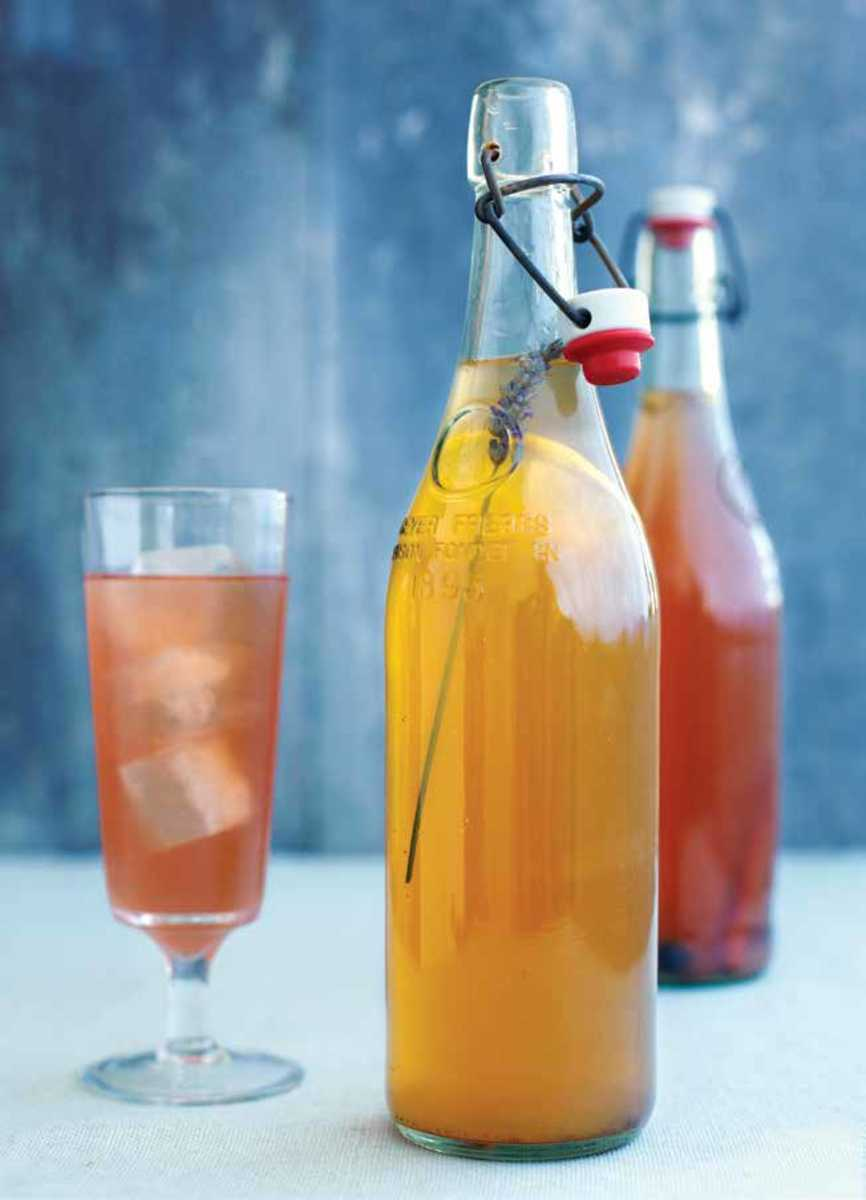 Holiday spice Kombucha bottls p26