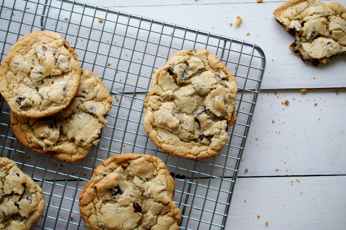 How To Make the Ultimate Vegan Chocolate Chip Cookie