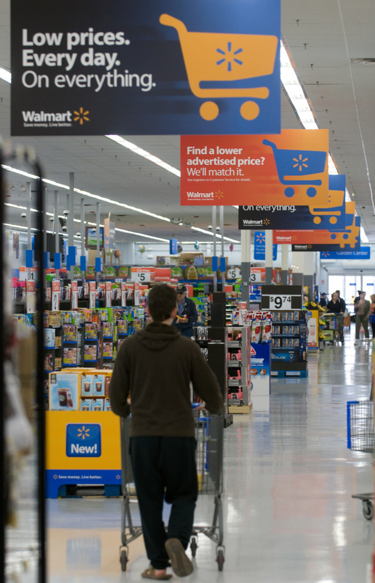 Walmart Adopts Massive Animal Welfare Policy for Livestock Treatment