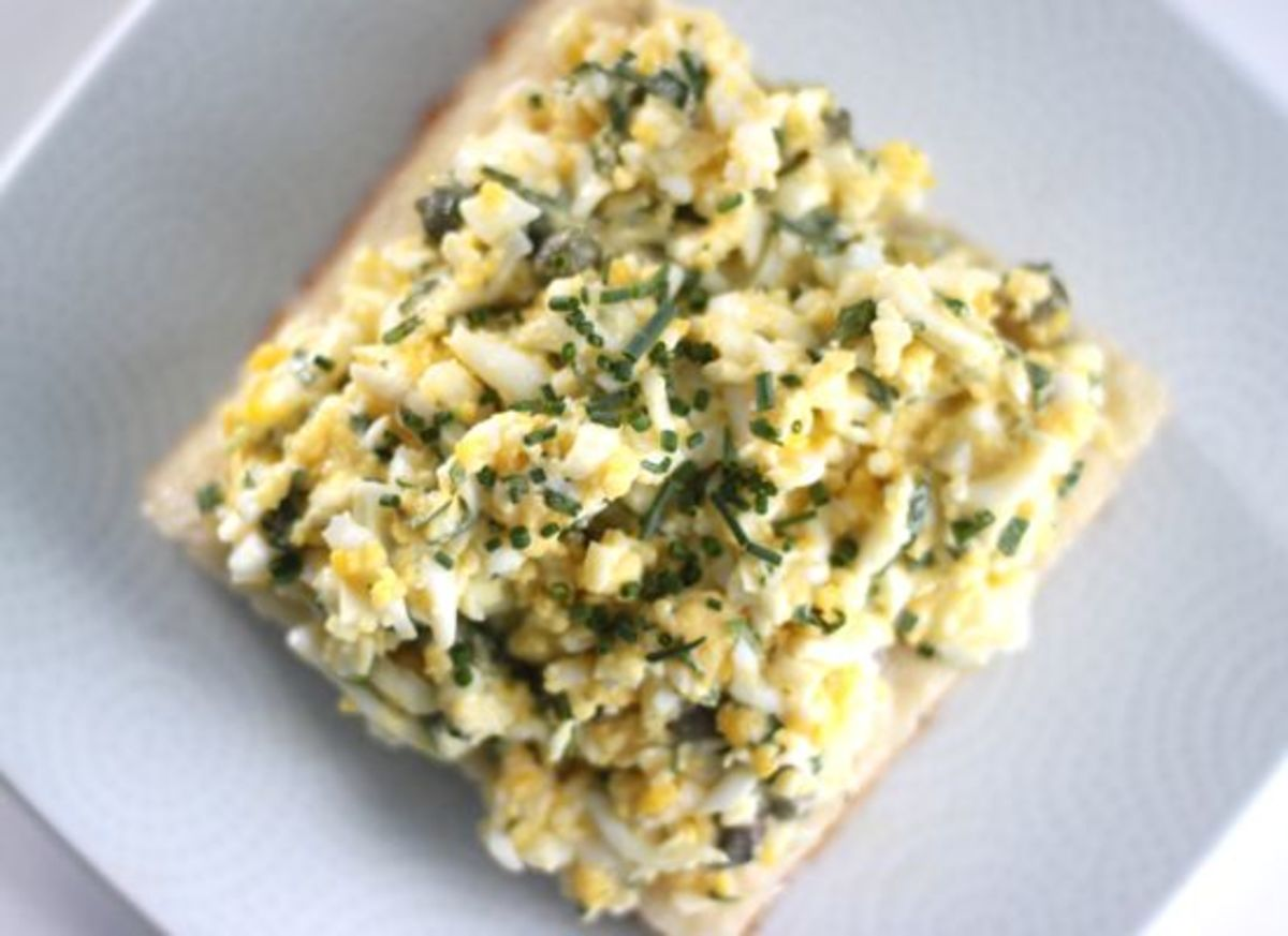 Egg Salad Sandwich with Herbed Aioli