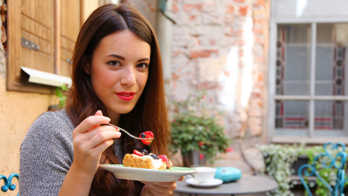 Food Intolerance and Skin: How What You Eat Shows On Your Face