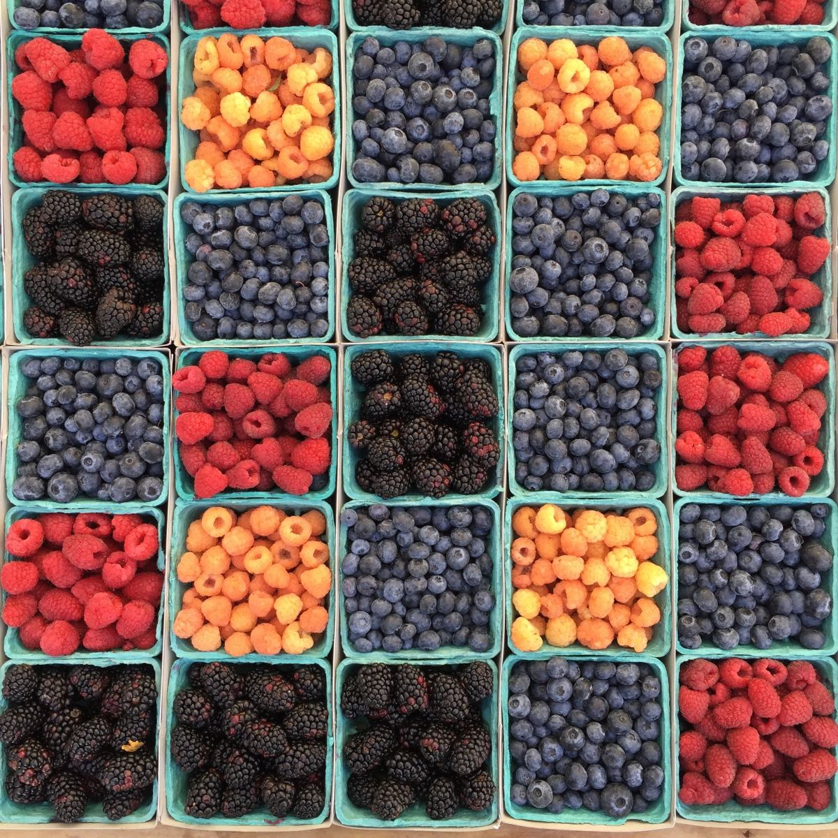 Fresh Berries and Bagged Salads Top Organic Produce Sales