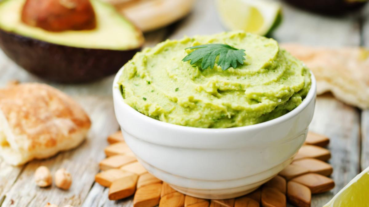 avocado-hummus-950x534