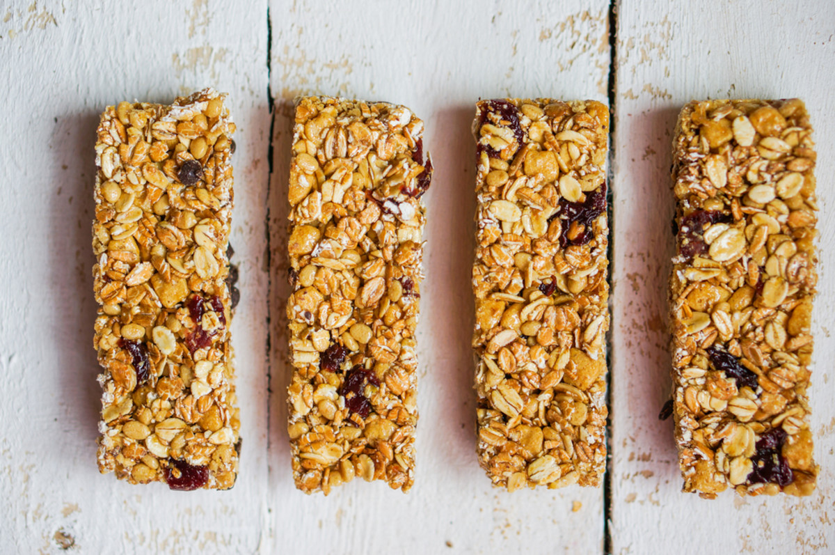 The Ultimate Guide for How to Choose the Healthiest Breakfast Bars