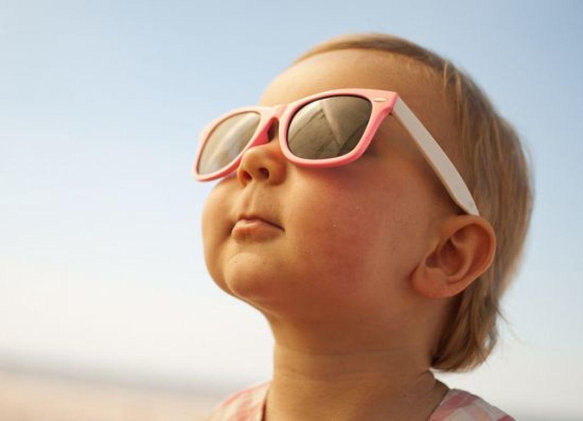 baby-at-beach-ccflcr-boudewijn-berends