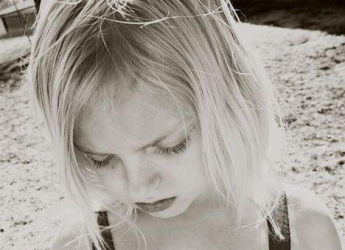 sadgirl-ccflcr-PinkStockPhotos1