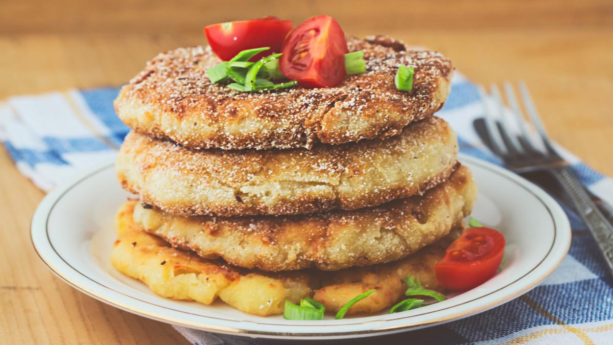 potato pancakes, mashed potato pancakes