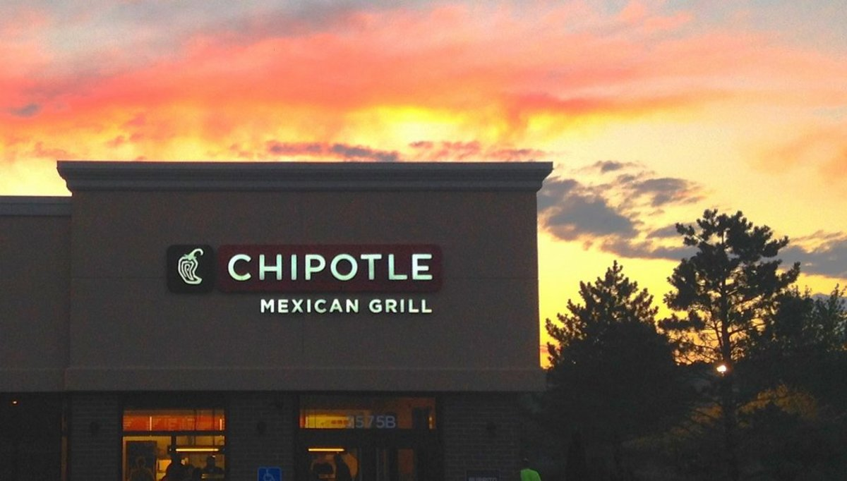 Judge Dismisses Case Against Chipotle Mexican Grill for 'False' GMO-Free Claims