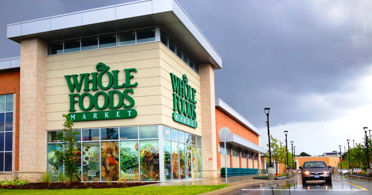 Amazon Launches 30-Minute Grocery Pick Up Service at Whole Foods