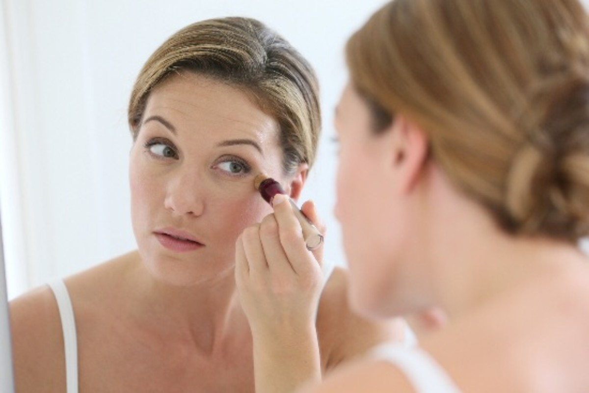 7 Tricks to Get Rid of Dark Circles Under Your Eyes
