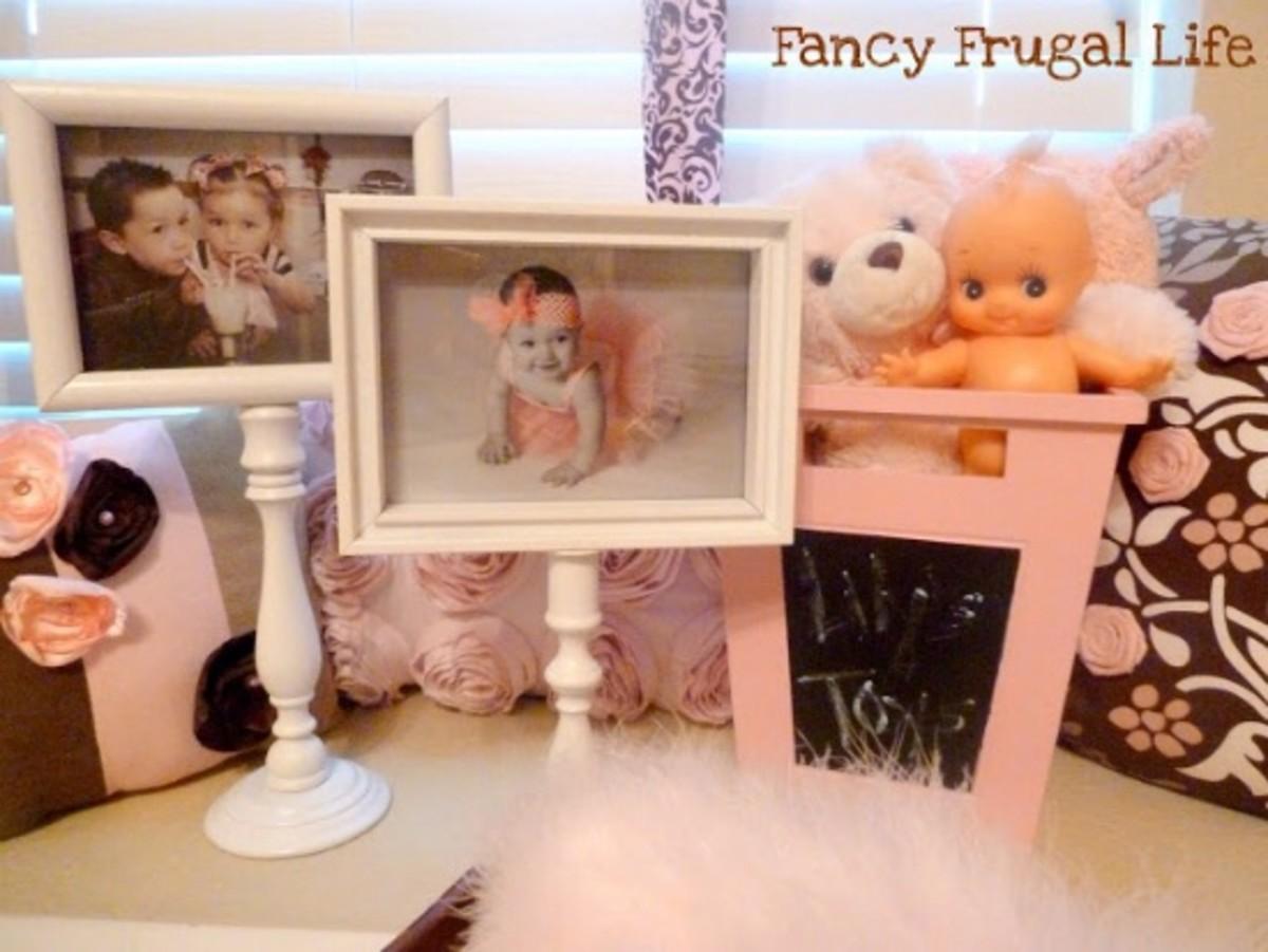 pedestal photo frames