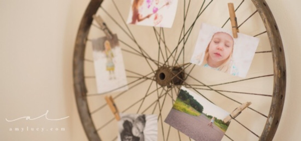 bike wheel photo display