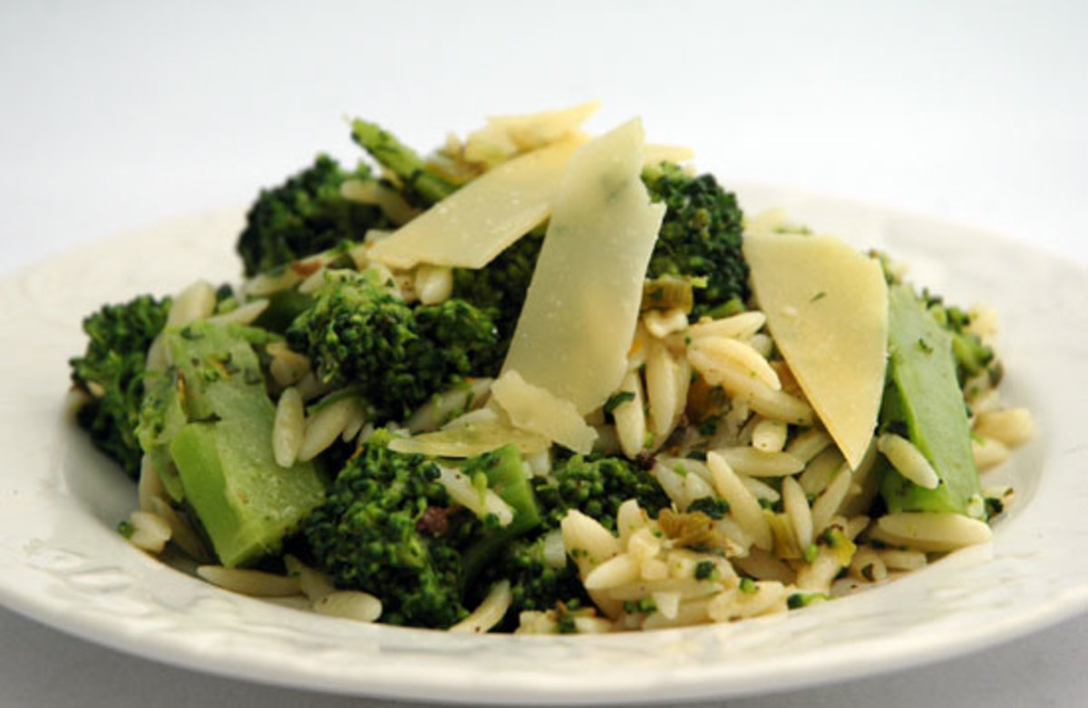 Organic Green Garlic Broccoli Orzo Pasta