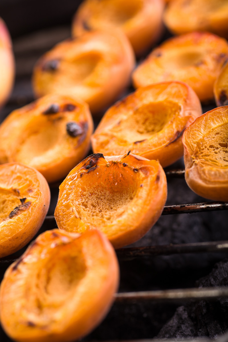 Peaches, Plums and Pears, Oh My! How to Make Grilled Fruit | 800 x 1200 jpeg 210kB