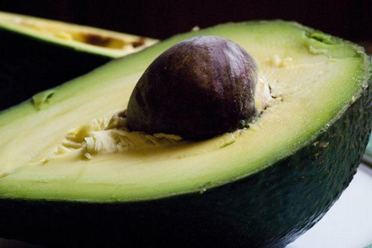 Avocado-ccflcr-threelayercake