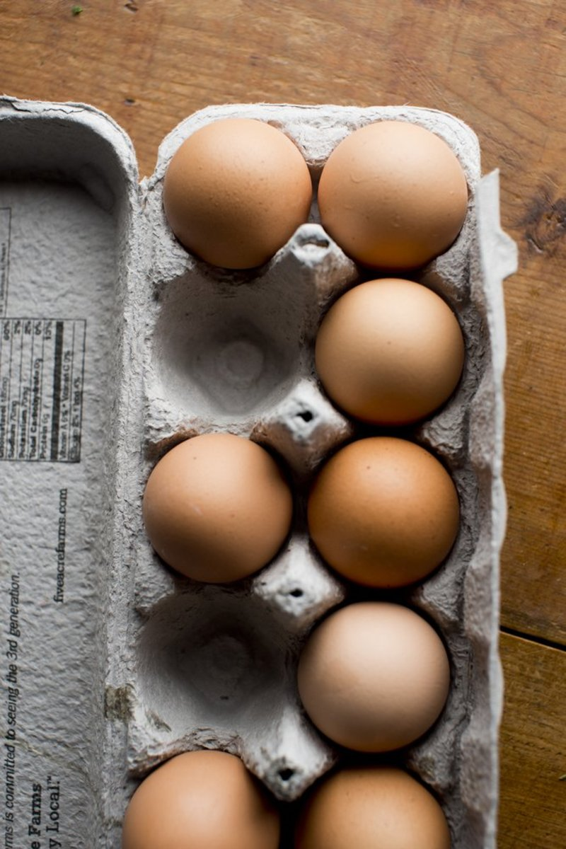 Nation's Two Largest Grocery Chains Commits to Cage-Free Eggs by 2025