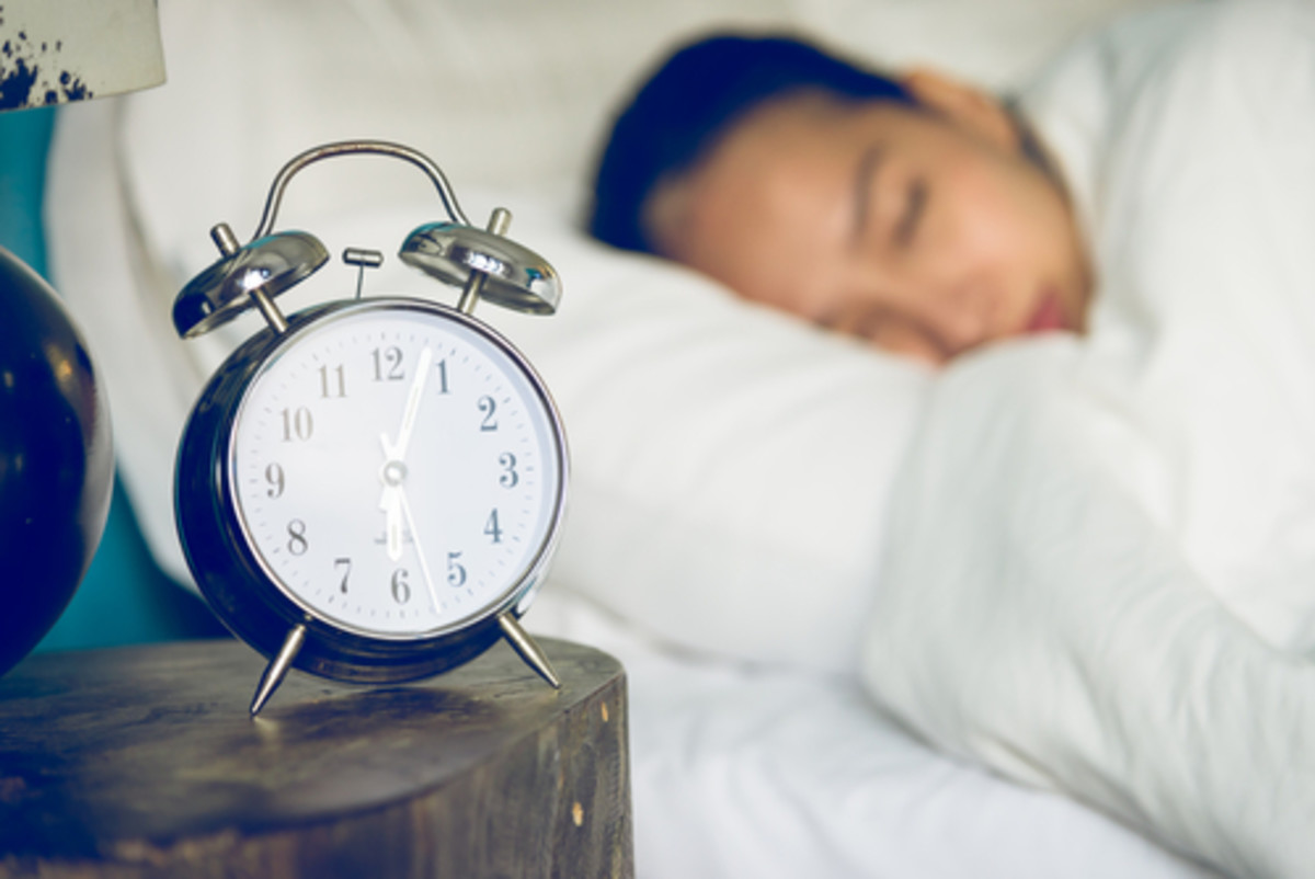 5 Tricks for Battling Chronic Insomnia the Natural Way