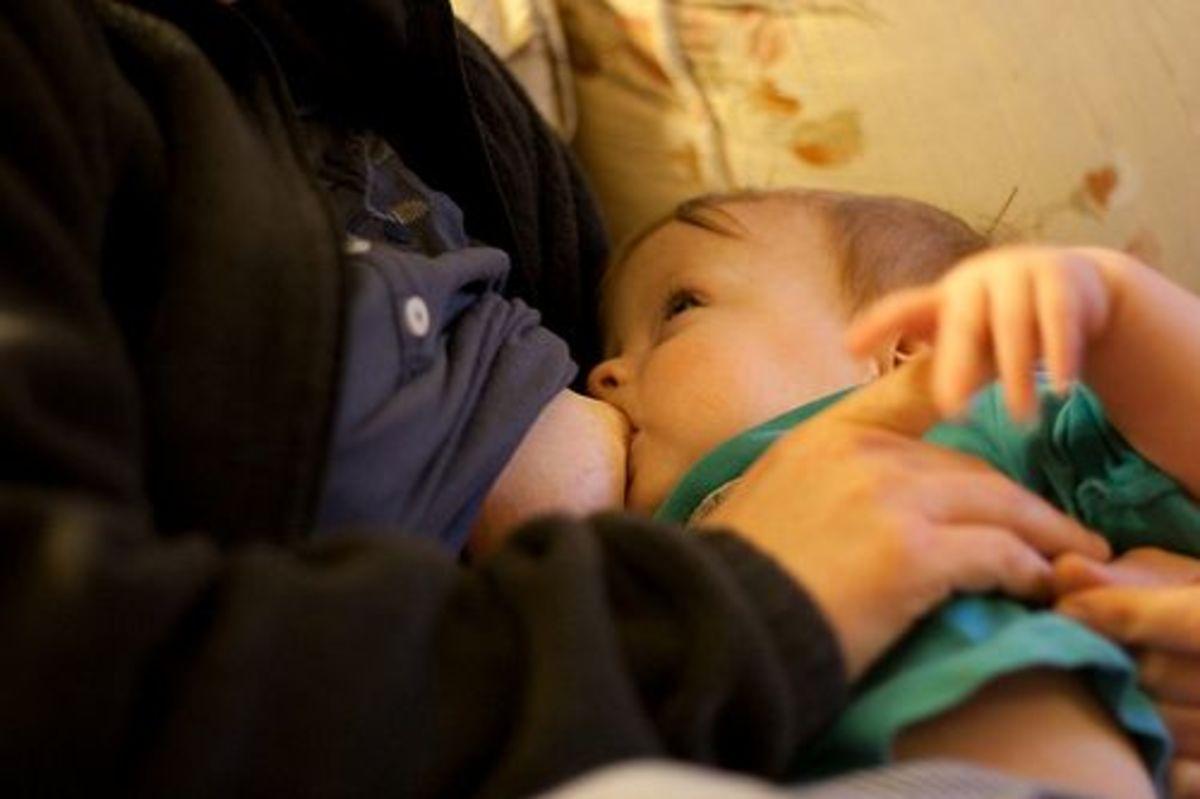 breastfeeding-ccflcr-moppet